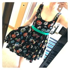 Anthropology floral dress with pockets